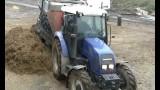 FARMTRAC 675DT z paszowozem