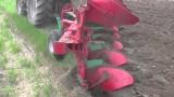 AGRO-MASZ Pług Obrotowy PO5 praca w polu